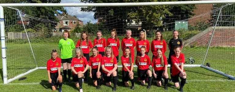 De La Salle Girls team photo