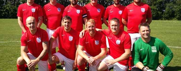 HAREHILL TAVERN VETS FC - Premier Division team photo