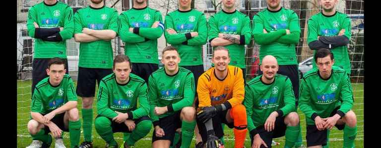 Medway Rovers 17 - Two team photo