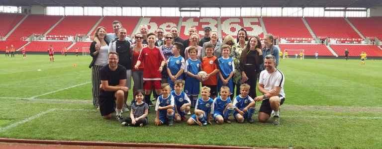 Paringdon Lions team photo