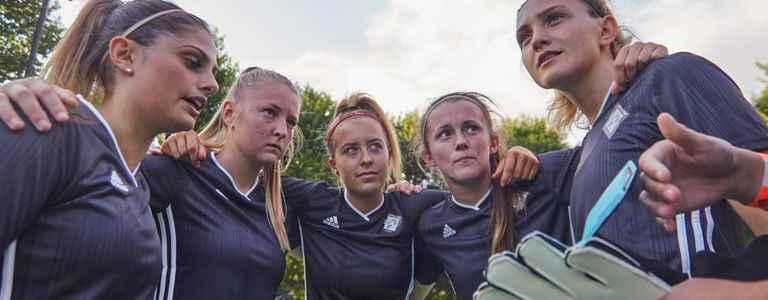 PH1 Women FC team photo