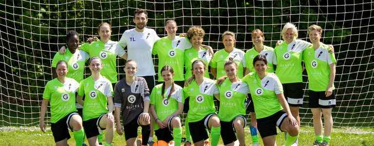 South East Parakeets LFC - Division 1 South team photo