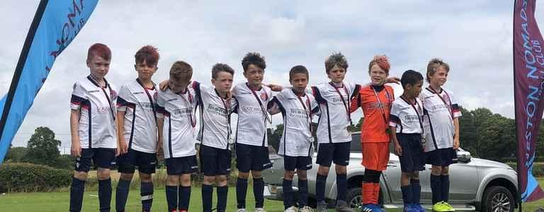 Vauxhall Motors FC U8's Alpha Viva's - Under 10 Division 2 team photo